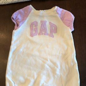 Baby Gap Girls romper very cute Sz 3-6 m EUC